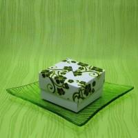 Dárková krabička (svíčky) - motýlek a kytička žlutí