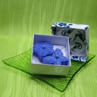 Dárková krabička (svíčky) - motýlek a kytička modří