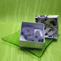 Dárková krabička (svíčky) - motýlek a kytička fialoví